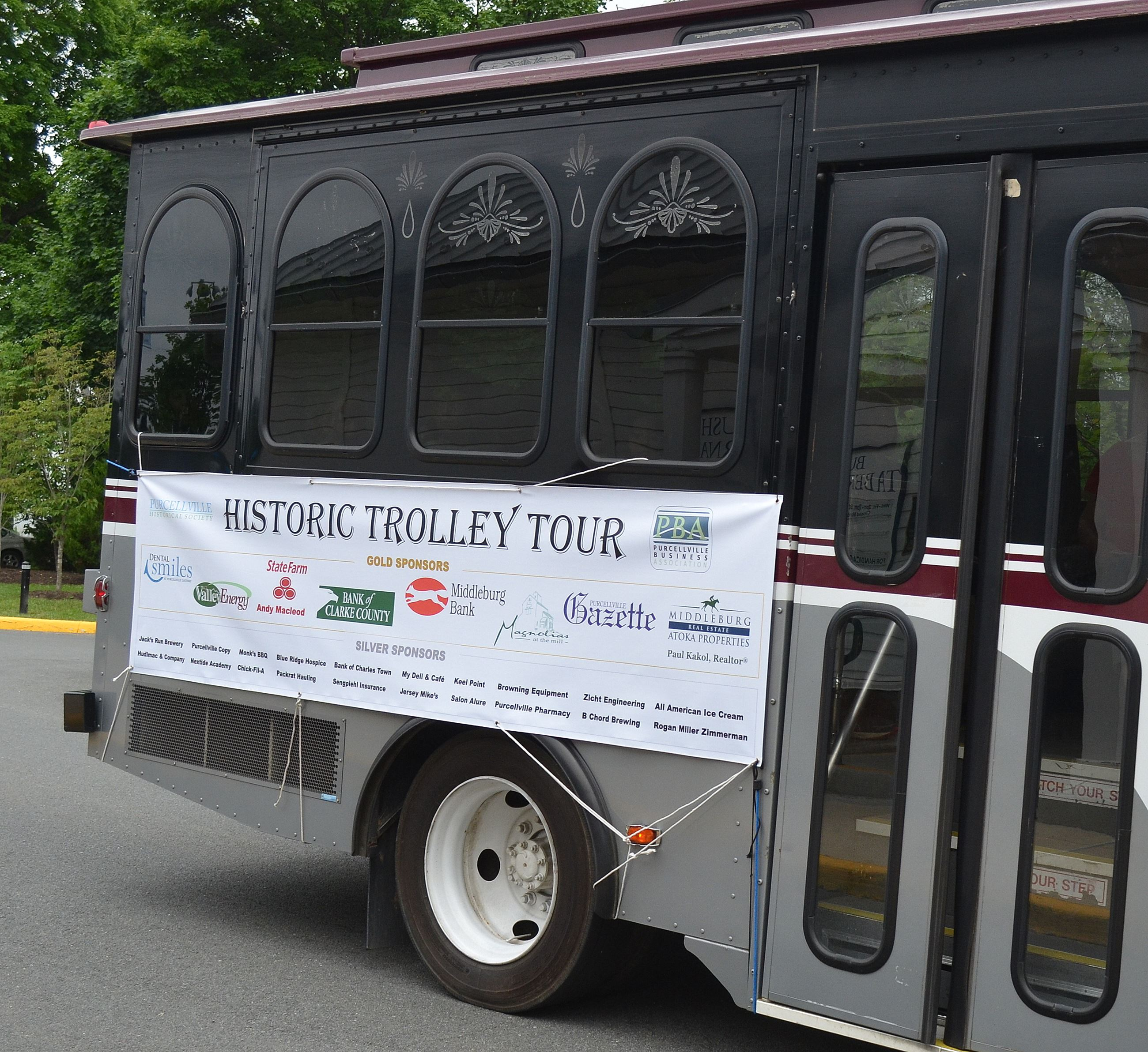 Trolley, trolley tour sign